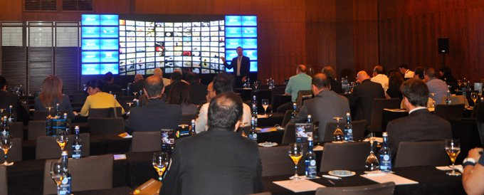 Simposium Digital Signage Crambo Visuales